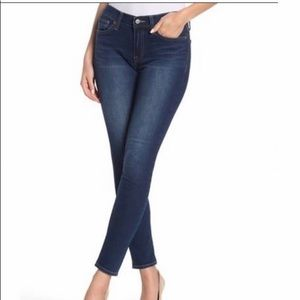 Lucky Brand Brooke Capri Blue High Rise Je…